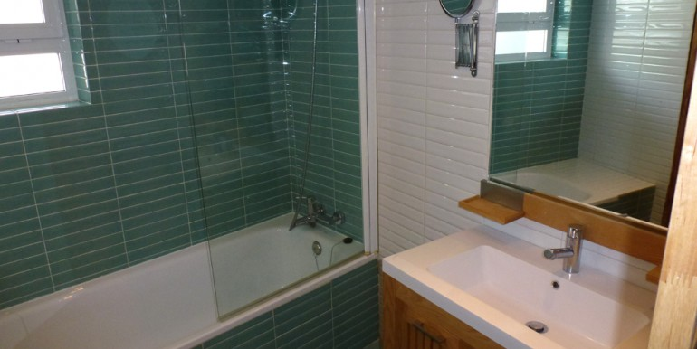 vicari 3 bathroom 01