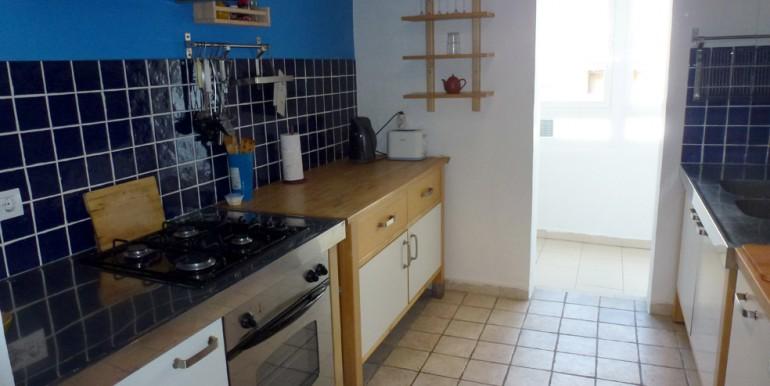 vicari 3 kitchen